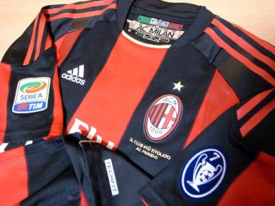 10/11 A.C.Milan #11 Ibrahimović Match-issued home shirt (3) Serie A/Lega Calcio