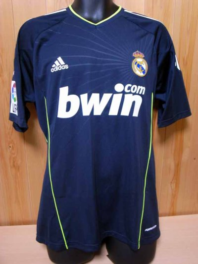 10/11 Real Madrid #23 Mesut Ozil Match-worn away shirt (1) Liga espanola