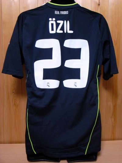 10/11 Real Madrid #23 Mesut Ozil Match-worn away shirt (2) Liga espanola