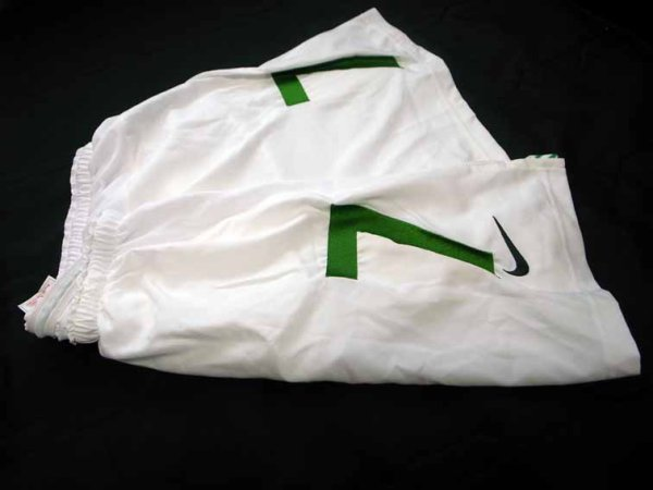 2006 Celtic #7 Match-issued home shorts (2) Scottish CIS Insurance Cup