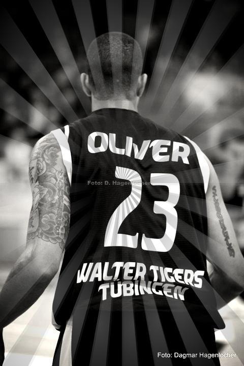 Chris Oliver - Walter Tigers Tübingen 2010/2011 #23