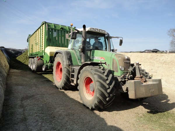 fendt 820 autauchargeuse krone