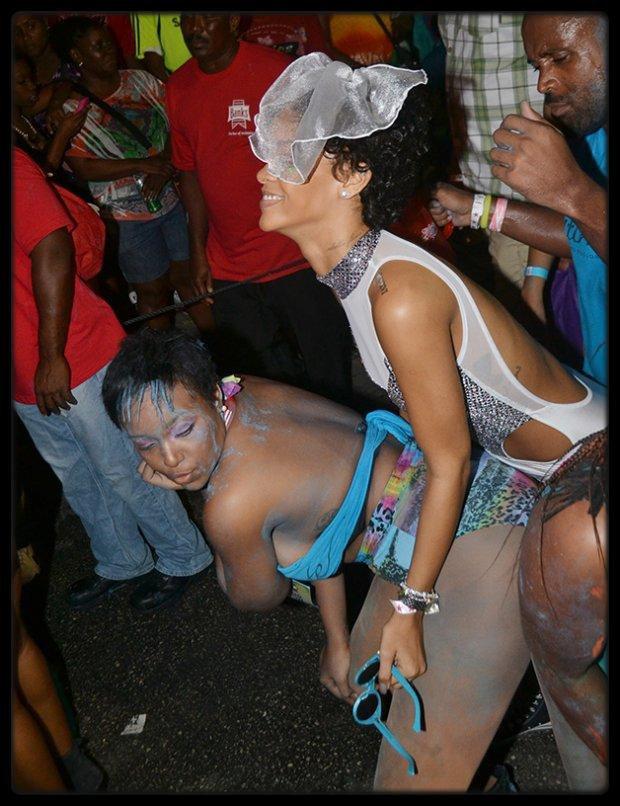 """Chris Brown et Nicki Minaj sur le tournage du clip  """"Love More"""" / PERSONNALITÉ PRÉFÉRÉE DES FRANÇAIS : GOLDMAN DÉTRÔNE YANNICK NOAH / RIHANNA DÉFILE EN TENUE SEXY LORS D'UN CARNAVAL / Curren$y & Jet Life – Red Eye (Mixtape) / CARLA BRUNI ET NICOLAS SARKOZY : APPARITION SURPRISE AU CONCERT DE JULIEN CLERC"""