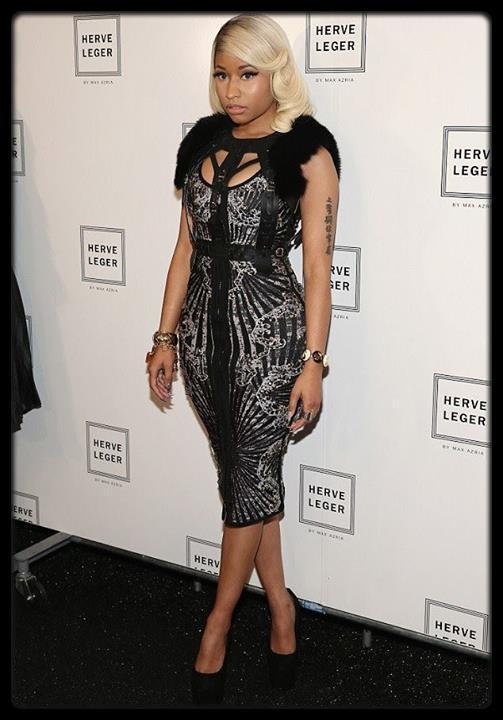Miley Cyrus twerk   avec des nains en Allemagne Video / Christina Milian est fiancée à Jas Prince / Nicki Minaj à la Fashion Week de New York (Photo) / LA DÉCLARATION D'AMOUR DE ROBIN THICKE À SA FEMME / Les photos des vacances des Carter / Miley Cyrus : blacklistée de Vogue par Anna Wintour à cause de son twerk aux MTV VMA ! / LE PAPA DE LA CHANTEUSE ADELE SE BAT CONTRE UN CANCER