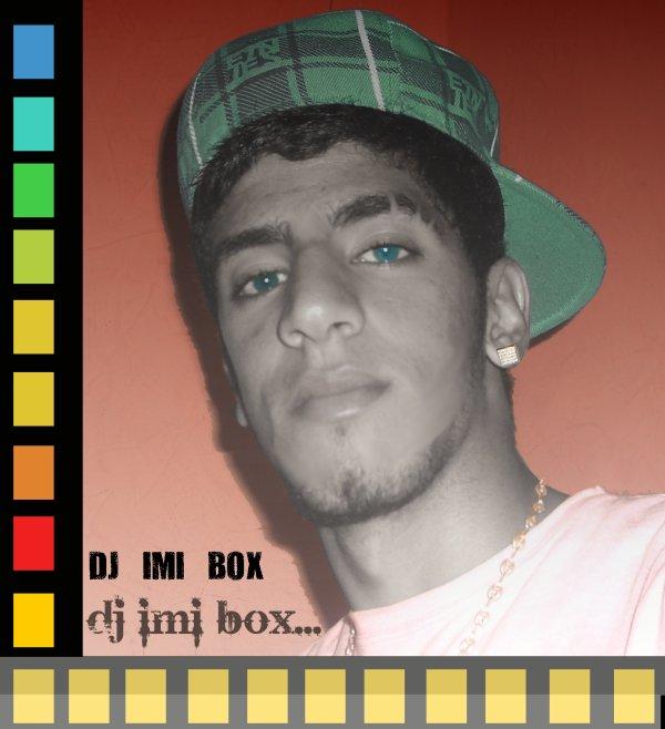 """[_____\Moi """"dj imi box""""/_____]"""