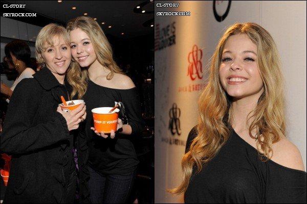 15/02/11  Sasha Pieters était présente à l'évènement << Love is Loude >> en compagnie de sa mère en Français << l'amour est plus fort >> dans une boutique « Rock & Republic » à Los Angeles