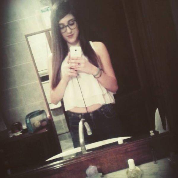 Un petit selfie de moi :)