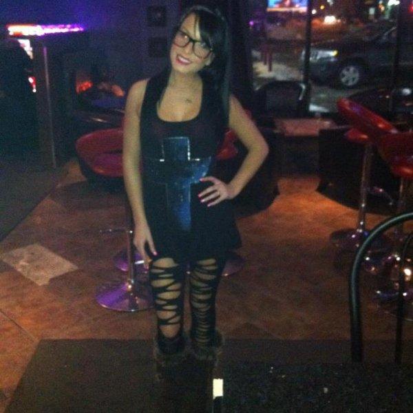 moi dans un bar :)