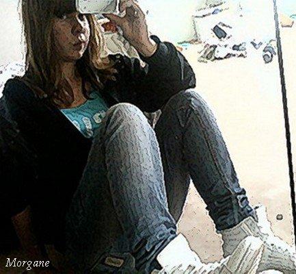 SKYFUCK La tristesse vient de la solitude du coeurSkyfuck          J'ai appris que l℮s adieux feront toujours mal ; qu℮ l℮s photos ne remplaçeront pas le plaisir des instants passés ; que les souvenirs bons ou mauvais feront toujours pleurer ; et que les mots ne seront jamais aussi fort qu℮ les sentiments qu'on éprouve ;     Skyfuck