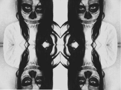 J'ai peur de ne jamais aimer , et de devenir cannibale.
