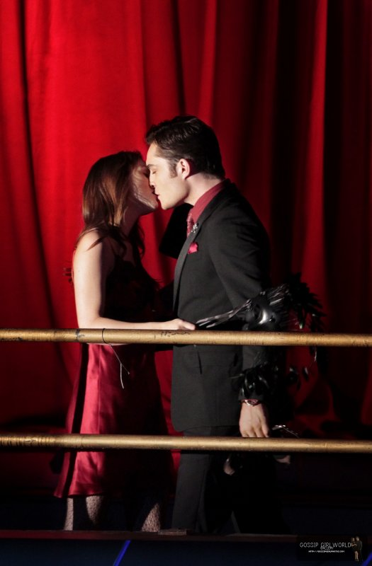 . . Chuck and Blair are back , and we do love that ;)  ..   Episode 9 : Witches of bushmick  .