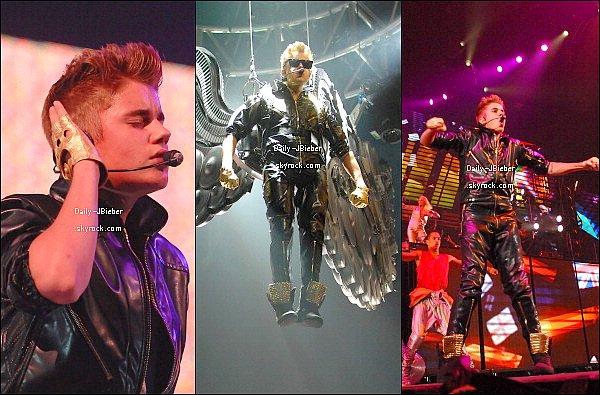 30/09/2012 : Le beau Justin Bieber était de concert à Las Vegas, poursuivant son Believe Tour.