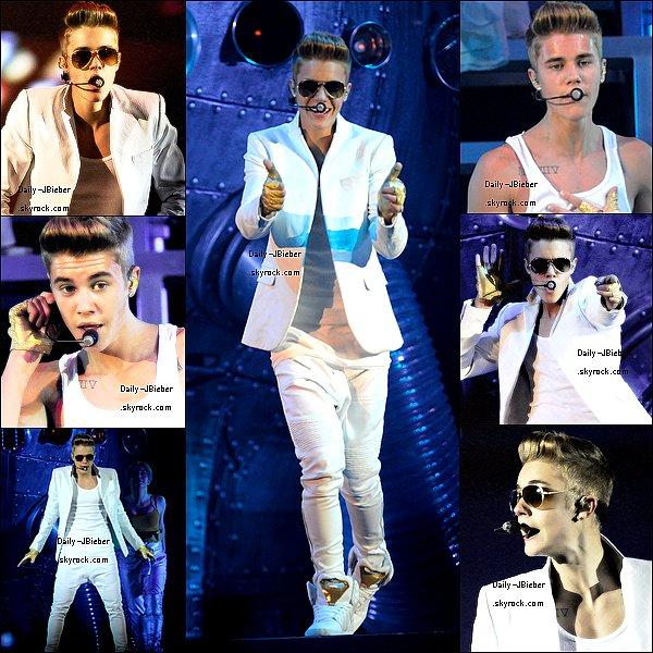 22/02/2013 :  Justin Bieber était sur scène à Manchester au Royaume-Uni, pour son Believe Tour.
