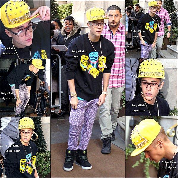 01/03/2013 :  Justin Bieber a été pris en photo très tôt, sortant fêter son anniversaire. TOP !