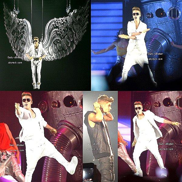 29/03/2013 :  Justin Bieber s'est fait prendre en photo par des fans à Vienne (Autriche). Là où il fera son prochain show le 30 mars.