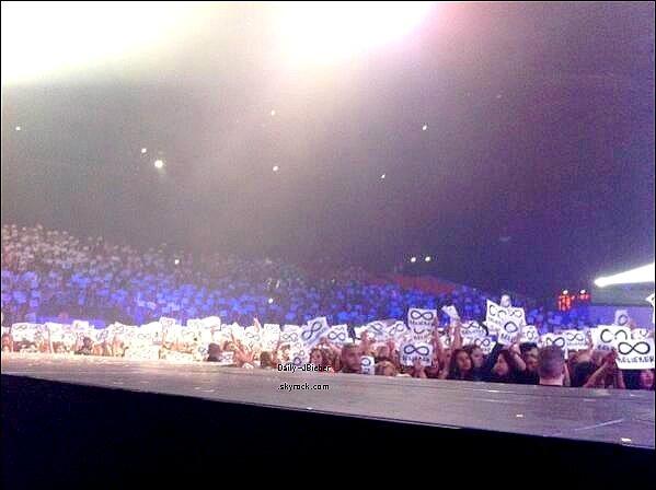 08/04/2013 :  Justin Bieber était au Zénith de Strasbourg pour son 2e show du Believe Tour en France.
