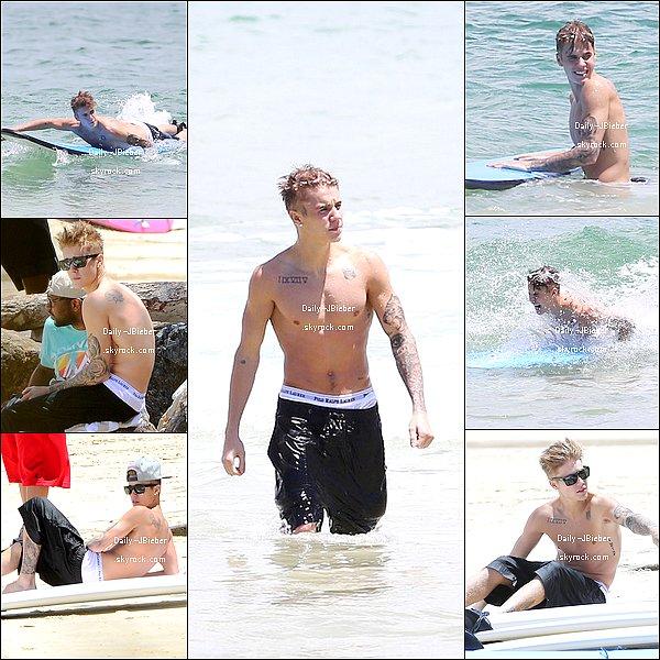 29/11/2013 :  Justin Bieber donnait un Meet & Greet à Sydney en Australie, avant de monter sur scène.