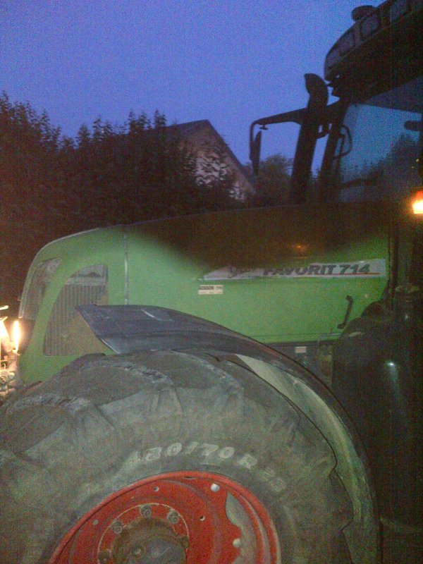 Fendt 714 & Presse New-holland [ Milanolo ]