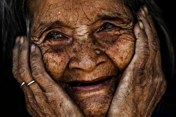 meu pai contou-me uma historia : conheceu uma senhora que viveu 103 anos