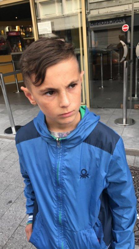 Luc4ss  fête ses 14 ans demain, pense à lui offrir un cadeau.Aujourd'hui à 20:21