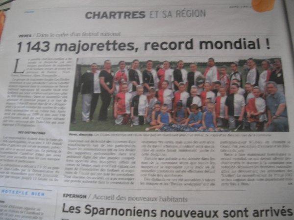 ╚> Les Majorettes de Voves : Record du monde de Majorettes à VOVES ( 28 )