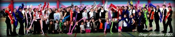 ╚> Les Majorettes de Voves : Stage Accessoire 2012 à VOVES ( 28 )