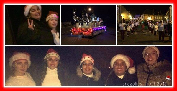 ╚> Les Majorettes de Voves : Défilé de Noël à BREZOLLES (28)