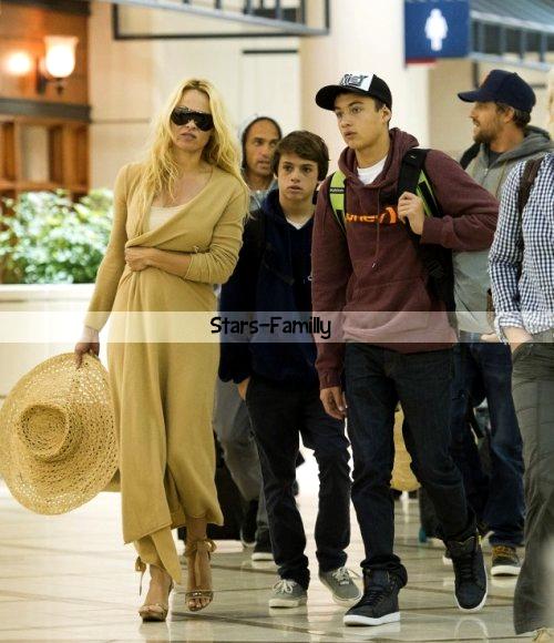 Pamela Anderson et ses fils Brandon & Dylan Lee