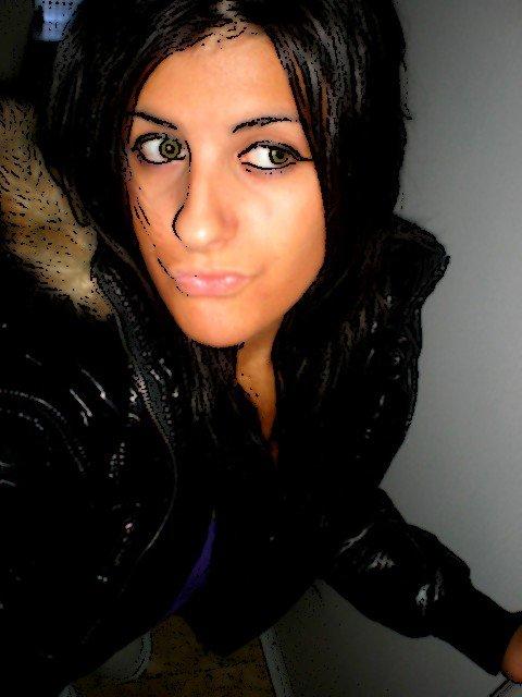 Jessica ♀ ● Mineeur   ;) ● Portuguesa ● 91 ● Aloone