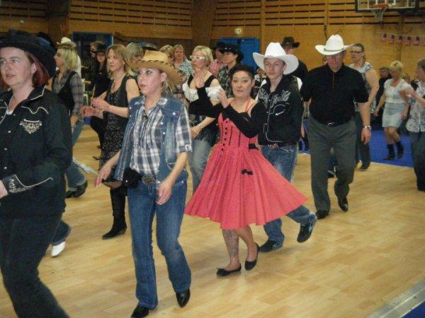 Bal country MONCHECOURT le 16 avril 2011 chez les BAUDETS