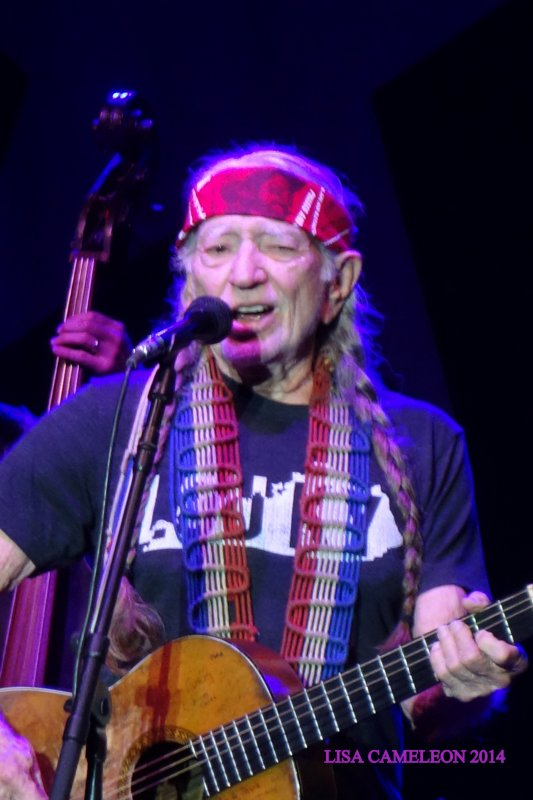 WILLIE NELSON - LOUISVILLE KENTUCKY - 06 JUIN 2014