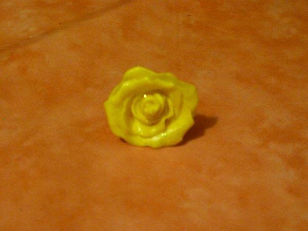 Bague réglable rose jaune