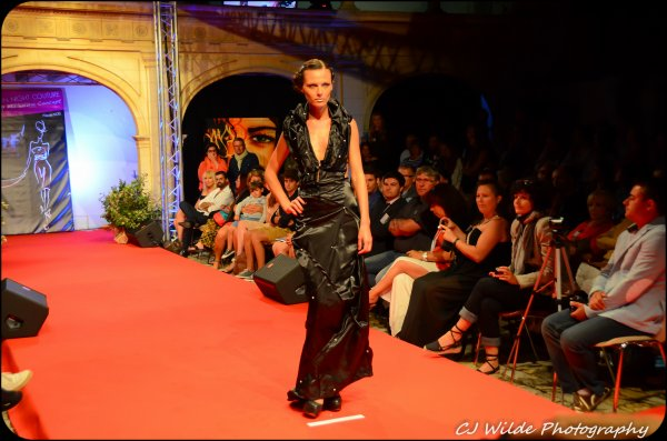 Robe Noire sirène