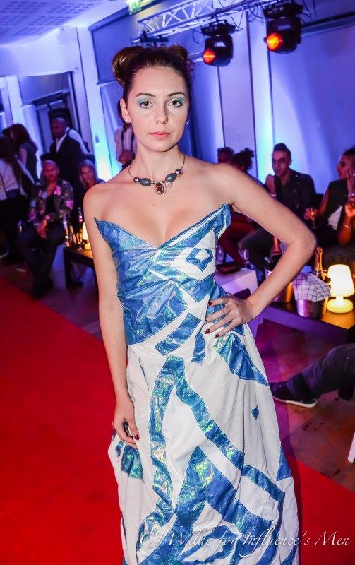 Robe sirène bleu et blanche