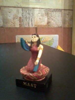 EGYPTE                                                                                                                 :               LA  DEESSE    MAÂT    PTEROPHORE