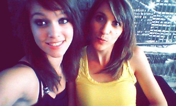 Un grande soeur, c'est comme une deuxième maman. ♥