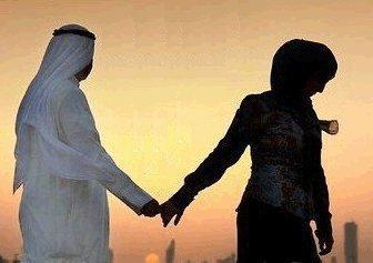 Le bonheur ? Penser à Allah à chaque instant, que Son amour inonde nos Yeux chaque matin. Que Son amour reste emprisonné dans nos C½ur pour l'éternité et que chaque battement Lui soit dédié .