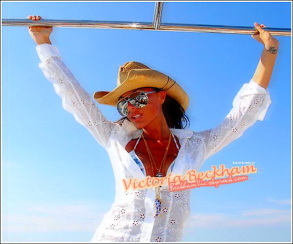 ____ ______www.BECKHAMVIC.skyrock.com  ◊ Ta source d'actualité sur la belle Victoria Beckham !____