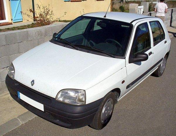 LA RENAULT CLIO 1