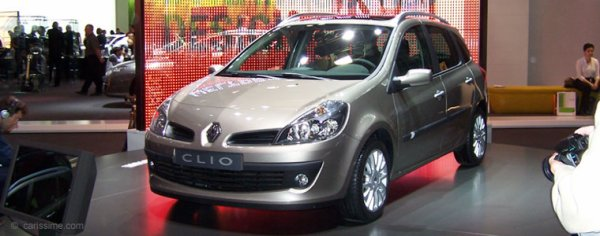 LA RENAULT CLIO  ESTATE UN PHASE UN