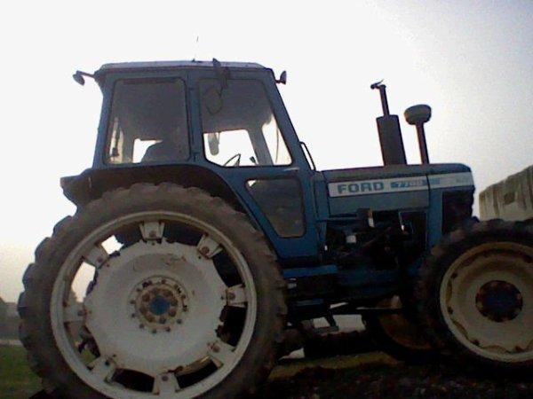 mon ford 7700 quand il est arriver sa date
