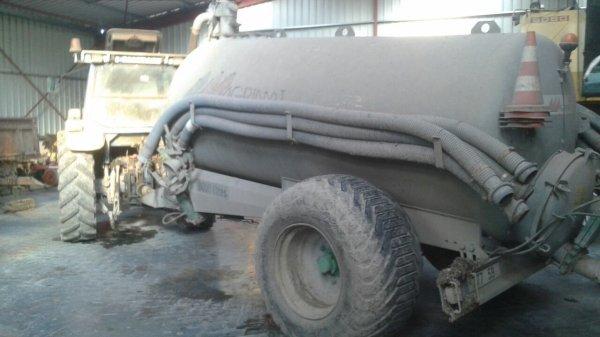 Le ford 7810 et la tonne a lisier