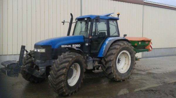 Le new holland 8360
