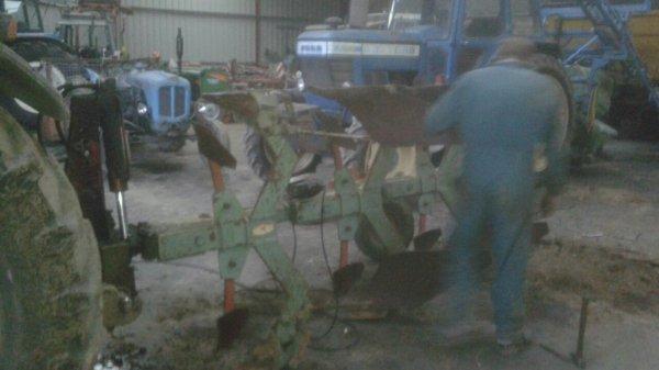 Rénovation d'une Charrue fenet 4 socs