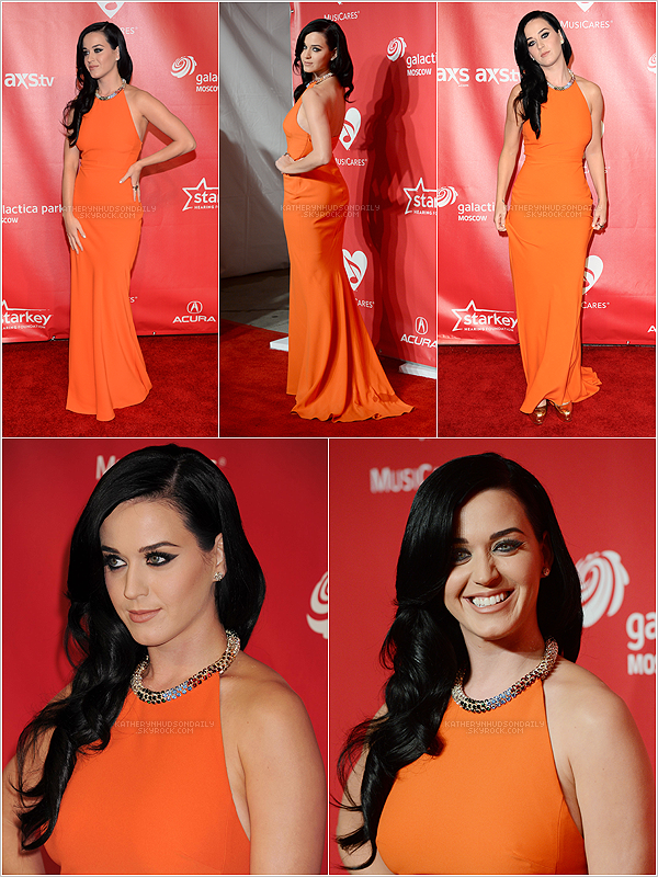 . 07.02.13 // Katy était présente aux MusiCares Person Of The Year. (+) ceci est un article flashback. .
