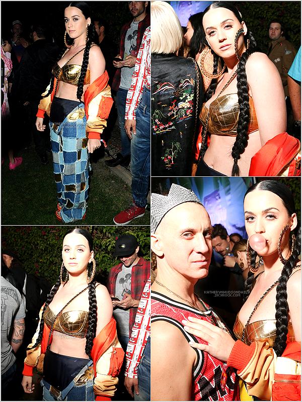 . 10.04.15 // Katy était présente au festival Coachella à Indio, en Californie.