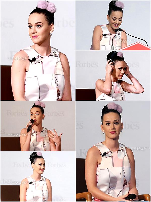 . 12.05.15 // Katy, en tant qu'ambassadrice pour UNICEF, a fait un discours lors de l'événement30 Under 30, au Vietnam. (+) la vidéo du discours ici.