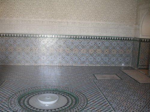 A l'interieur de El-Mechouar