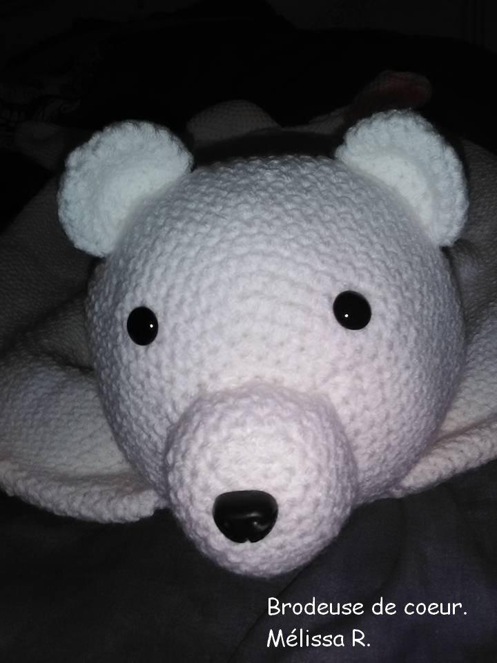 Voici un deuxième tapis ours 1 metre de long fil doublé pour crochet 6