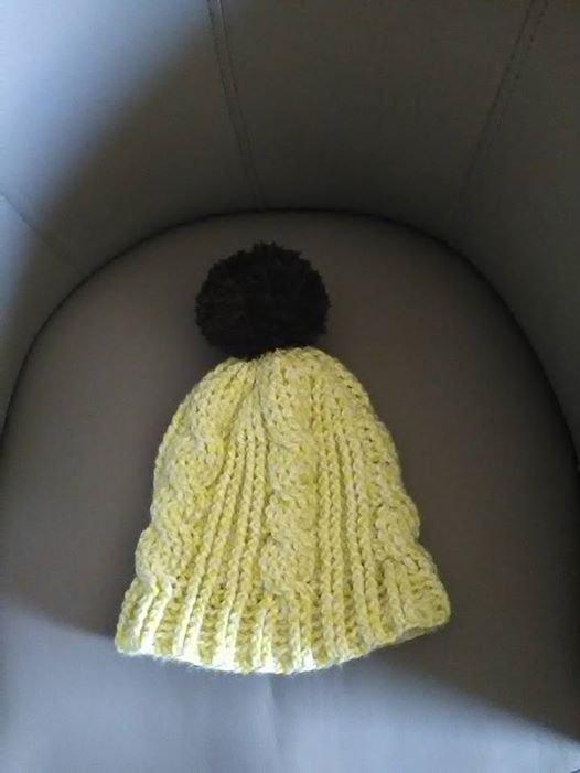 Voici un bonnet au crochet